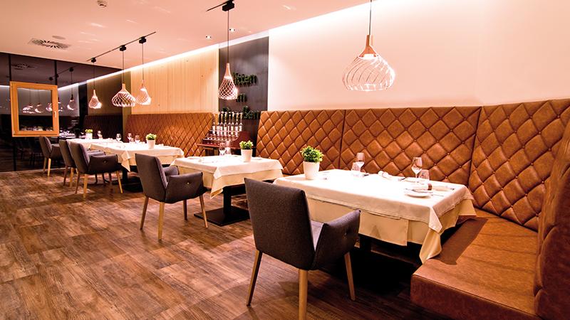 Gourmetrestaurant Inside
