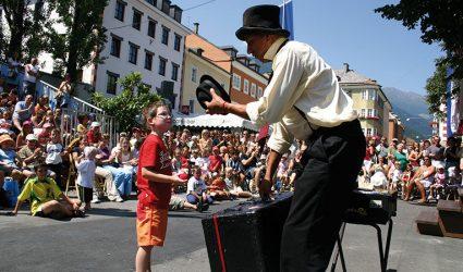 Straßentheater OLALA